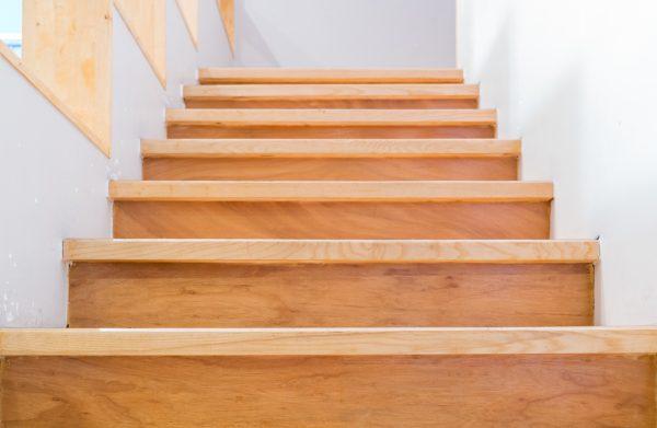 Holztreppe vom Schreiner